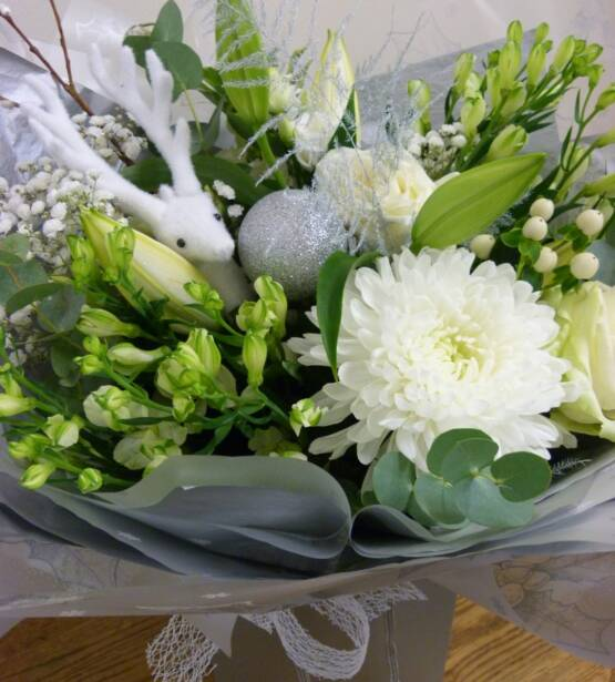 Christmas Flowers, Christmas Bouquets, Whites and silvers